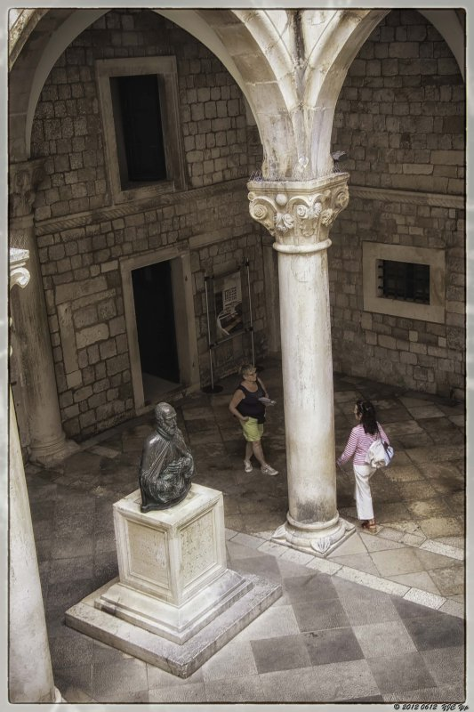 0612 010 Dubrovnik - Saint Blaise.jpg