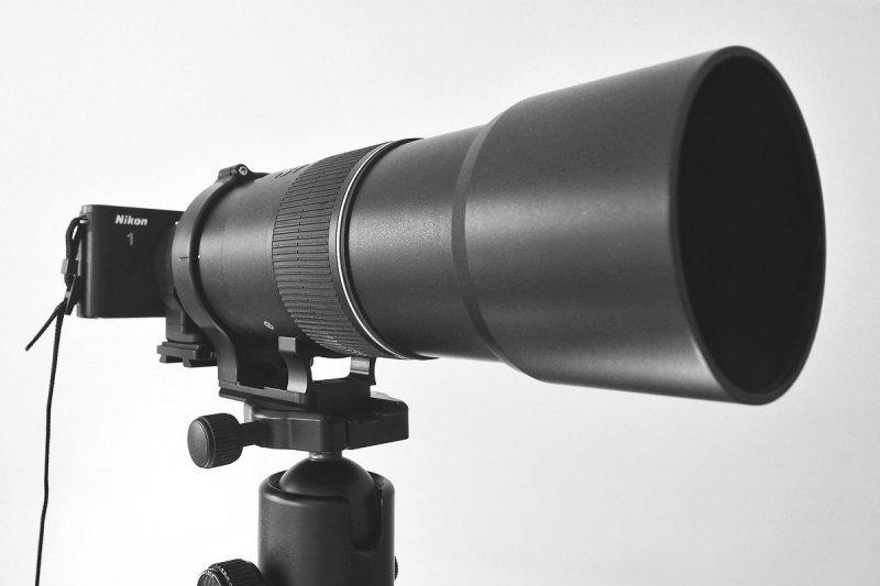 Nikon J1 with Nikon 300mm f/4 (via FT-1 adapter) #2