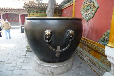 urns for water
