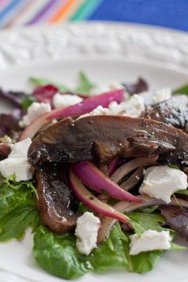 Grilled Portobello Mushroom and Goat Cheese Salad