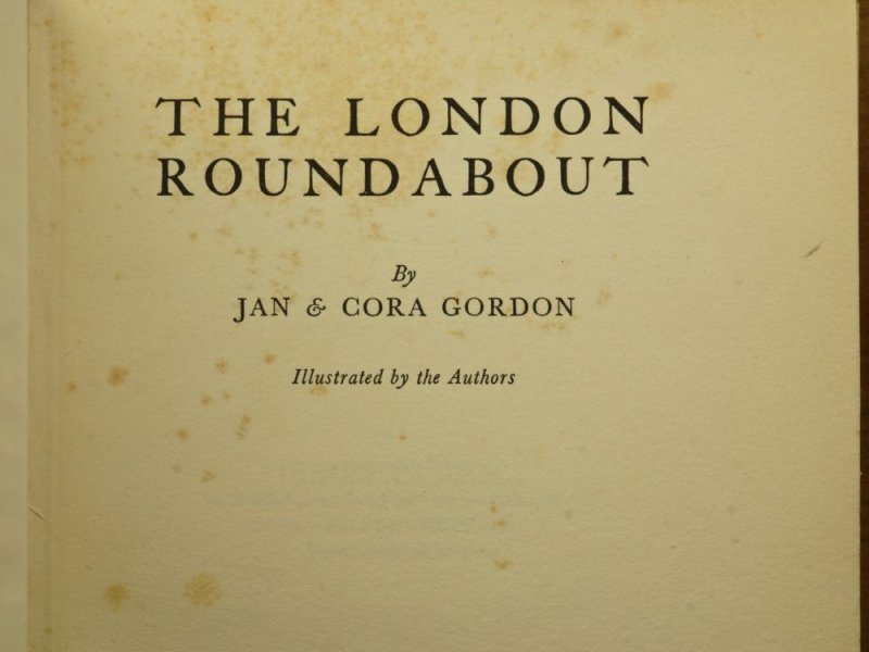 Published in 1933 this describes the return of the Gordons to London from Paris.