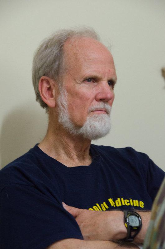 Glenn Geelhoed, MD<br><font size=3>ds20110425-0188w.jpg</font>
