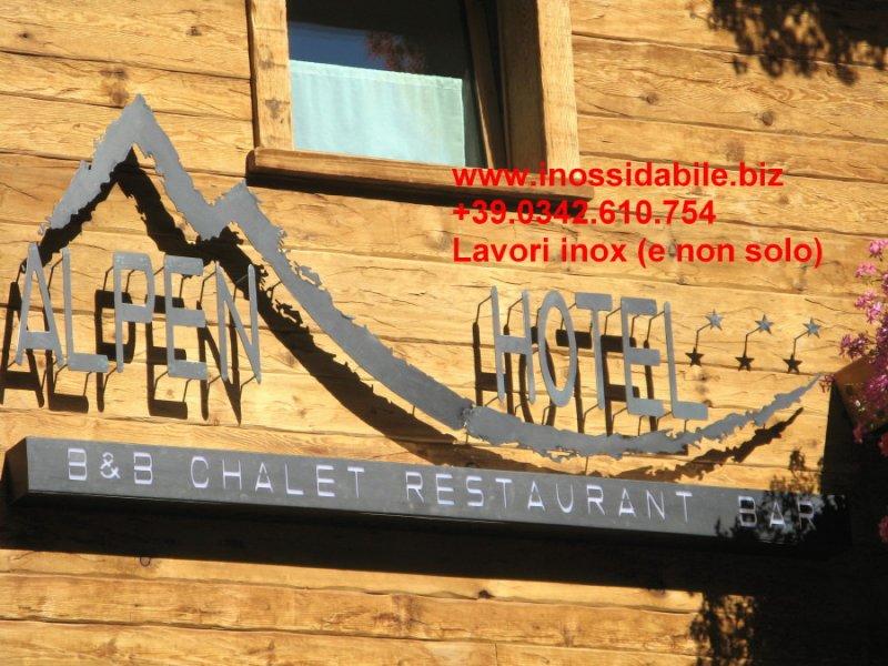 alpen hotel insegna lamiera nera taglio laser_2_1.JPG