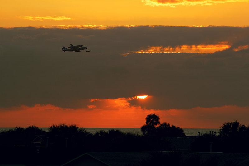 Shuttle SCA at Sunrise