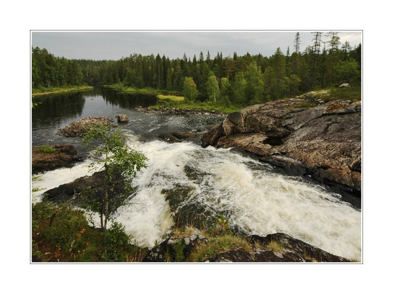 Voynitsa river, Kumio waterfall