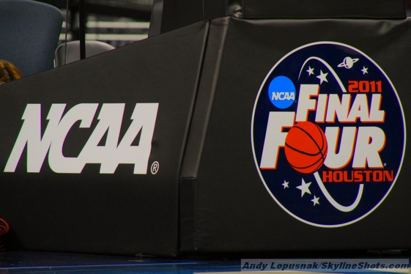 2011 Final Four - Day 2 (4/01)