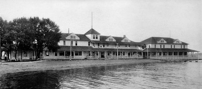 Manhatten Beach Hotel
