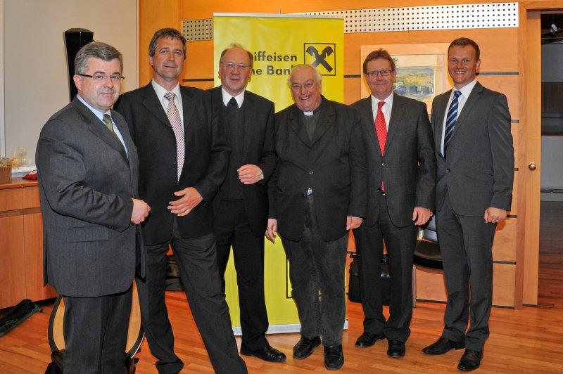 PRESSE: Wiedersehen der Sachsenbrunn - Absolventen