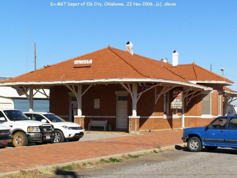 Elk City MKT Depot 001.jpg