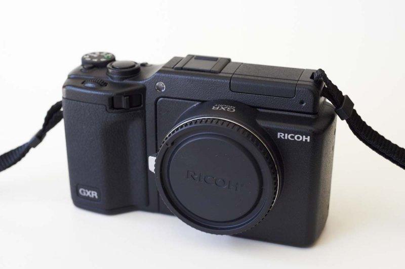 *RICOH GXR + A12 M-mount module
