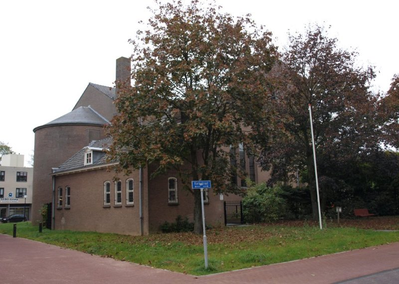 Ulft, RK Paulus en Petruskerk 13, 2011.jpg