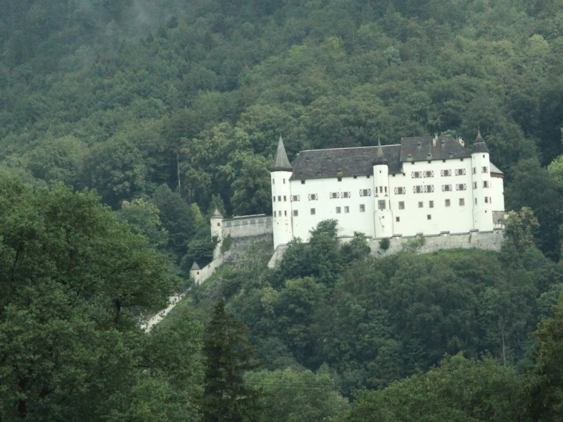 on the road to Germany: there seem to be a lot of castles today