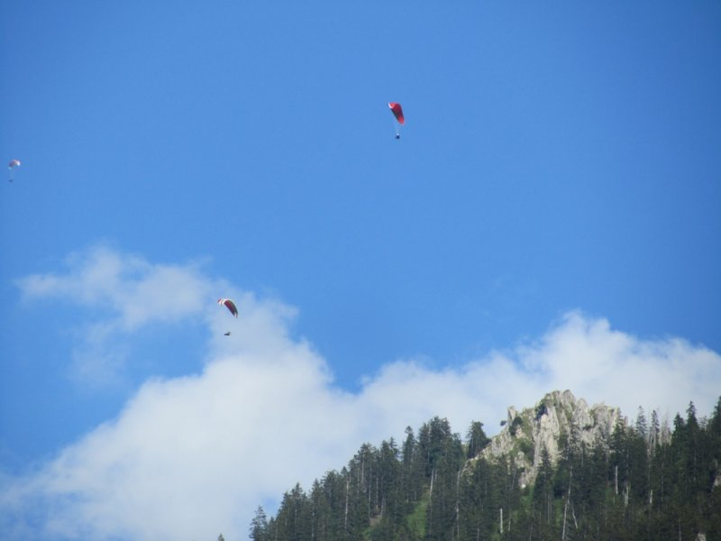 the steep hills in the area make for good hang-gliding