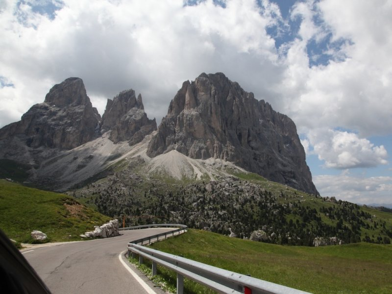 heading down from the pass, into the Val Gardena