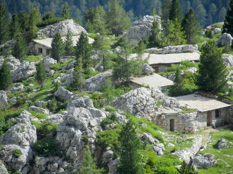 campers housing among the rocks