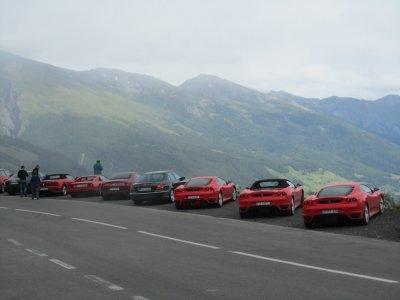 at Schoeneck we encounter a herd of Ferraris!