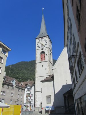 back on the square, we go into Kirche St. Martin