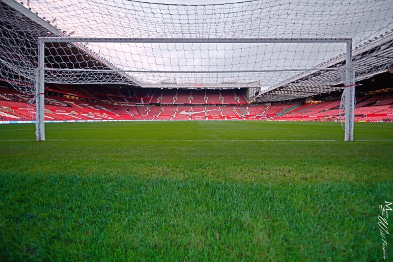 Manchester United - Old Trafford - Thru the net