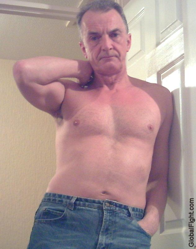 older silverdaddies home self pics daddy photos shirtless