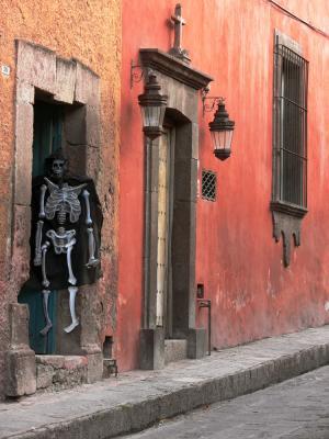 Skeleton, Quebrada Street, San Miguel de Allende, Mexico, 2005