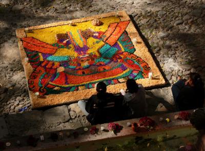 Day of The Dead Altar, San Miguel de Allende, Mexico, 2005