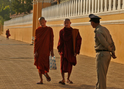 Confrontation, Phnom Penh, Cambodia, 2008