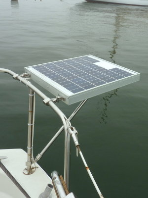 Installing A Small Marine Solar System Photo Gallery by Compass Marine How  To at pbase.comPBase.com