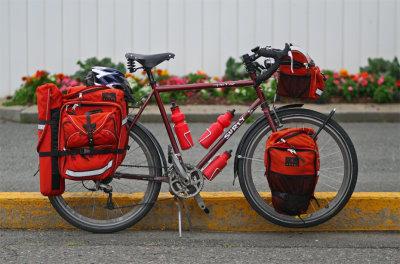 092  Sebastian - Touring Canada - Surly Long Haul Trucker touring bike