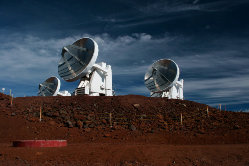 Smithsonian Submillimeter Array.