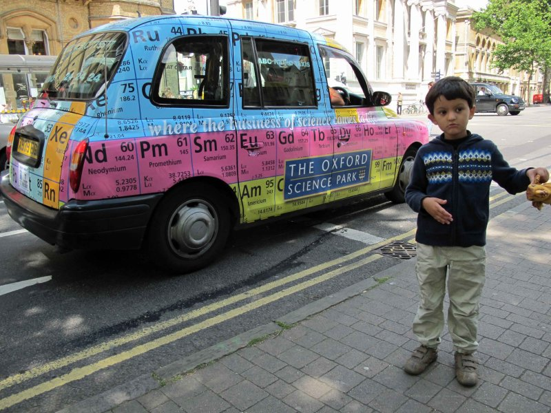 In Oxford.  Thats a cab bearing a Science Museum advertisement