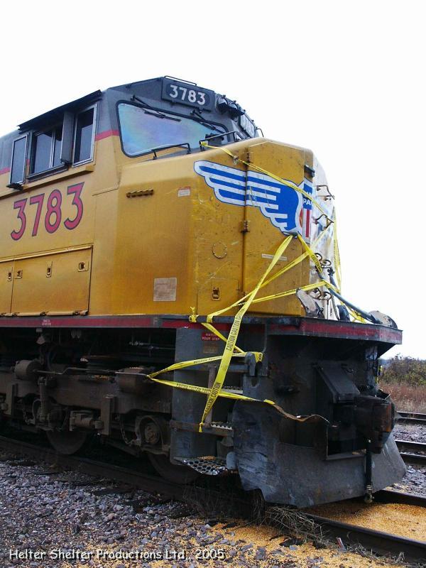 UP Engine 3783, damage Engineers side.jpg