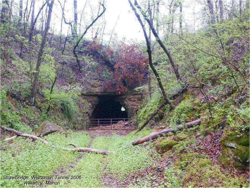 Strawbridge, Wisconsin Tunnel.jpg