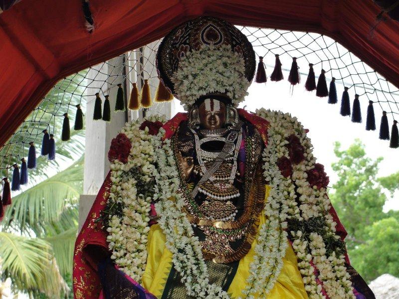 Seelankol Naathamnunigal Pallaku Purappadu.JPG