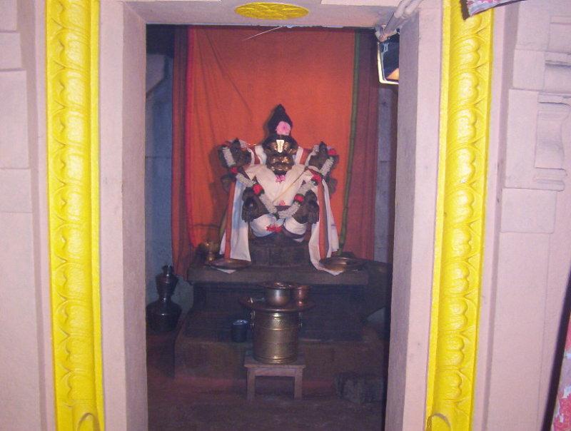 Sri Yoga Narasimha at Thondnnur