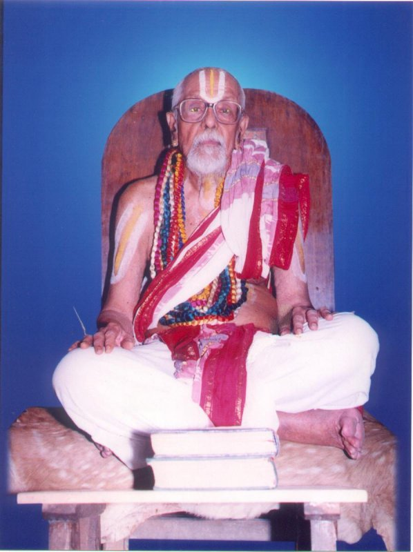Vaikuntavaasi U.Ve Sri Purisai Nadadur Krishnamacharya (thanks www.ahobilamutt.org)