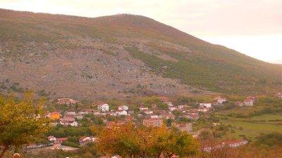 White (Cross) Mtn view ....>  P1030201.jpg