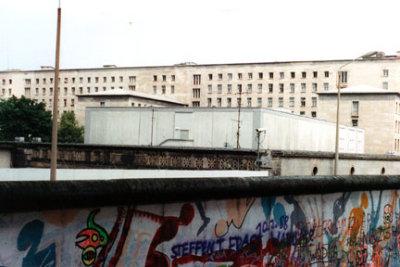 Berlin Wall Wilhelmstrasse 1 - July,1988