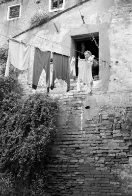 Laundry Women