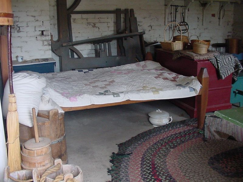 Guest Room - The bed doesnt look too comfy, does it ?  See the chamber pot?