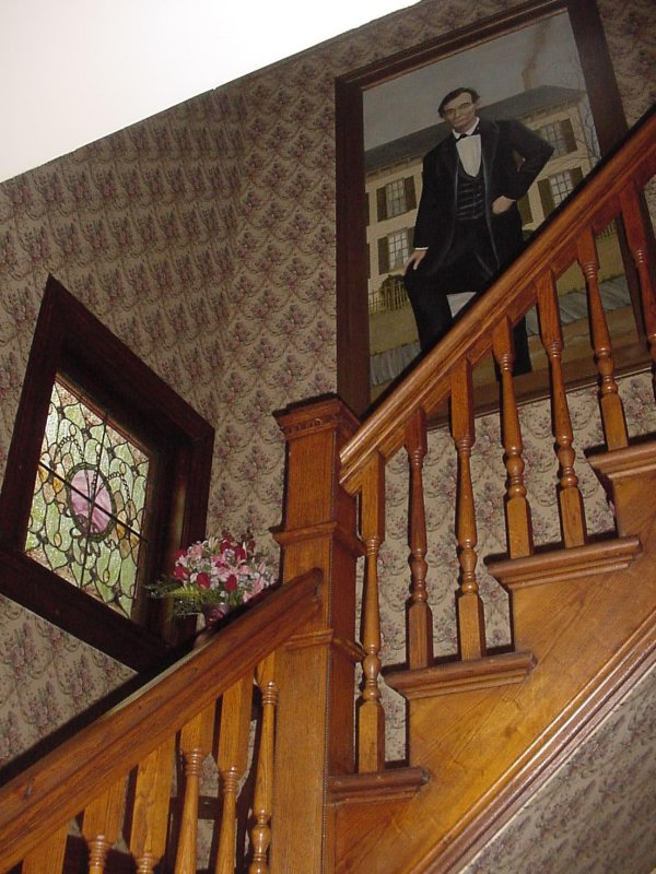 The front stairwell even had a large portrait of Abraham Lincoln. The stain glass window isnt bad, either.