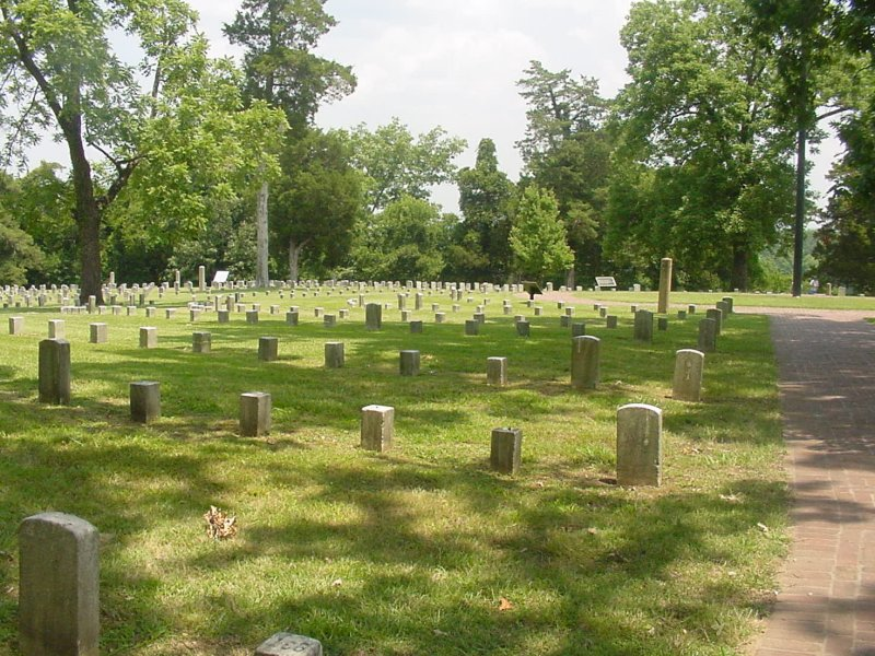 A panoramic view of a portion of this cemetery.  The Tennessee River is not visible, but is located behind those trees.