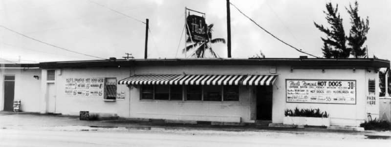 1968 - Huds Restaurant / Famous Hot Dogs at 18315 W. Dixie Highway, Dade County