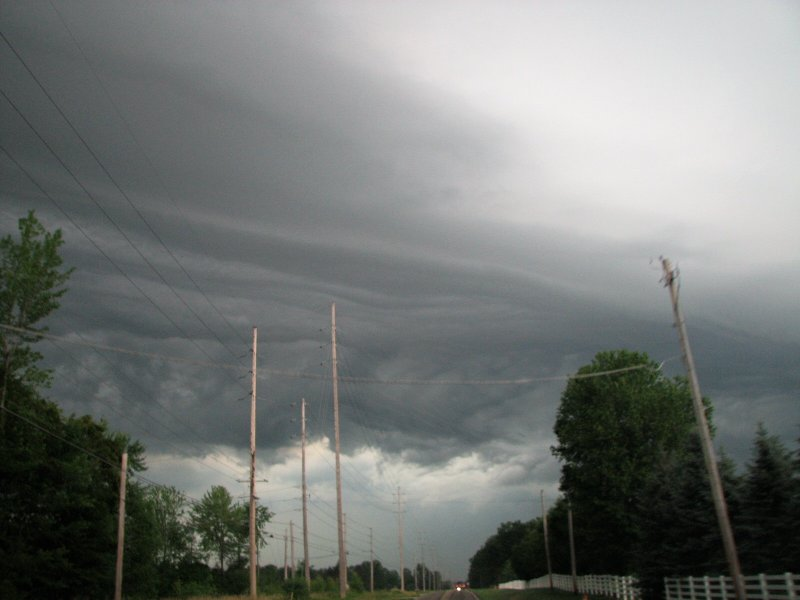 storm and tornado watch issued 3