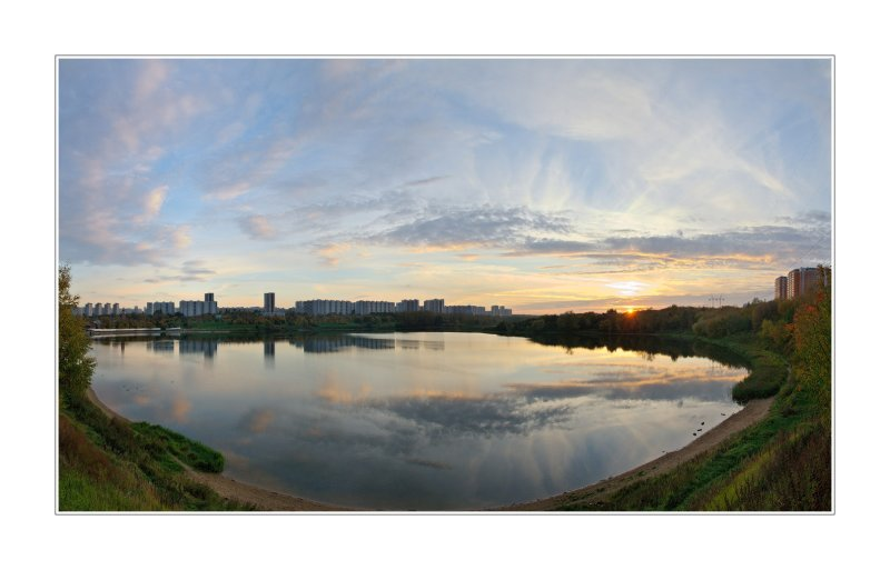 08.10.2006 - Moscow, Borisovskie ponds, 4-shots panorama
