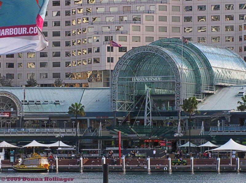Sydney Harbor Mall