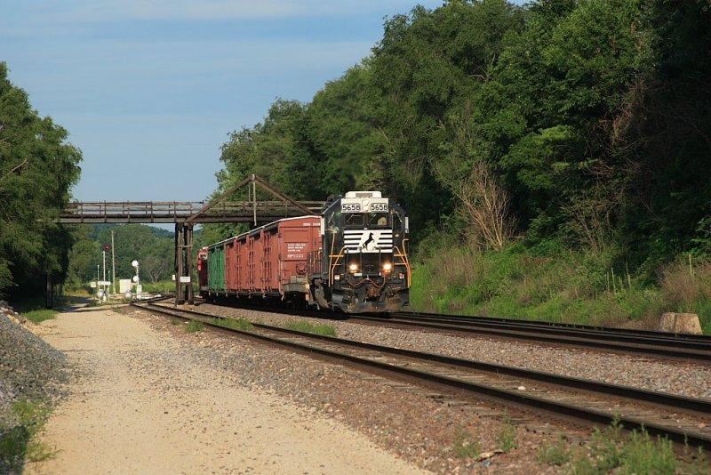J Train 1.JPG