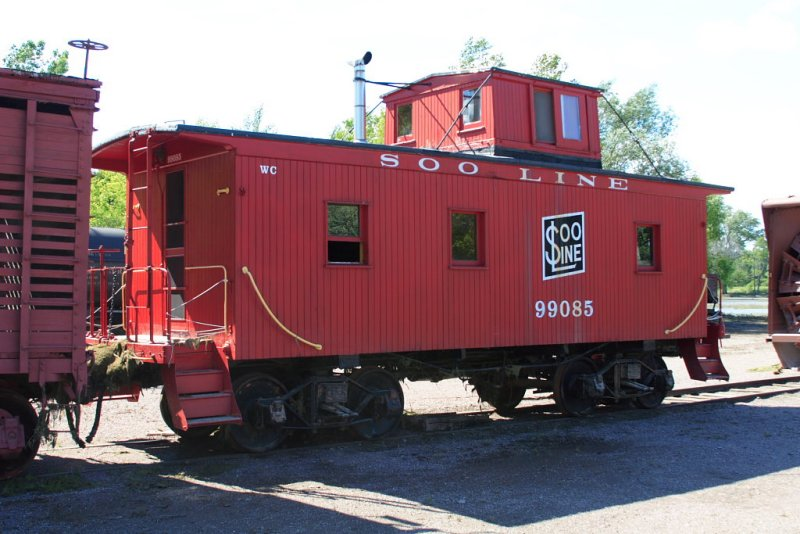 Soo Line Caboose, water was just under the number