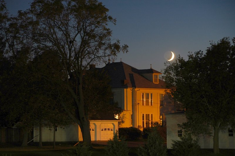 Moon & Old Peery Home