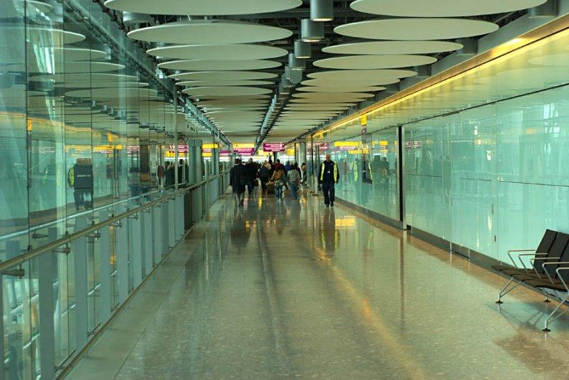 IMGP9876: Heathrow Airport (last_image)