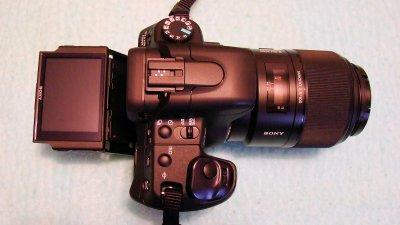 Sony DSLR-A350 + SAL-100M28